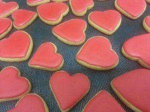 מתכון עוגיות לבבות בציפוי חגיגי