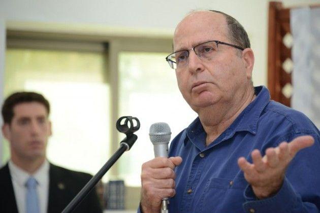 """שר הביטחון יעלון """"לא יהיה טרנספר ליהודים """""""