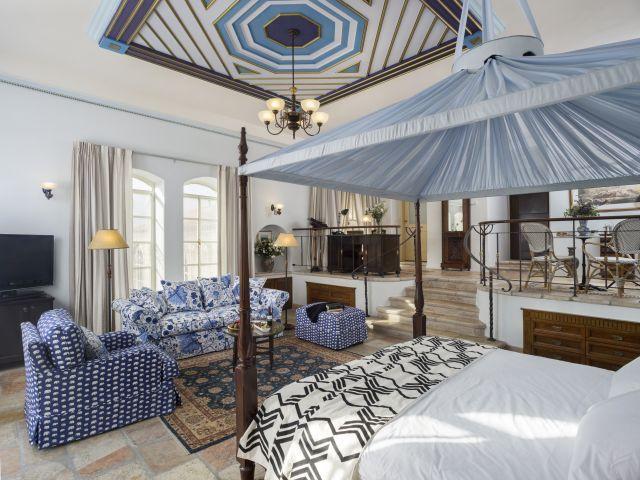 חדר במלון אמריקן קולוני. צילום: מיקלה בורסטו-עוזיאל
