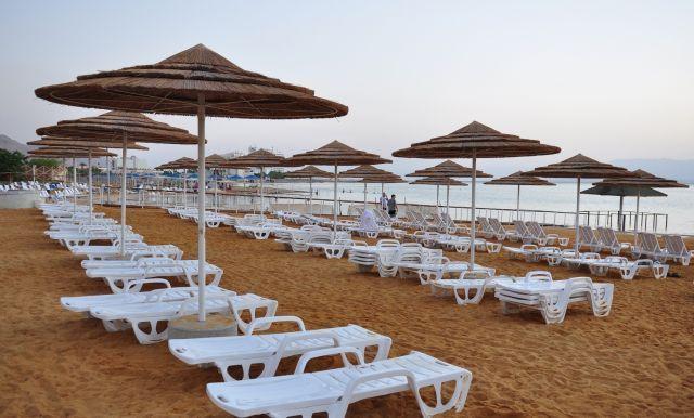 חוף ציבורי בים המלח