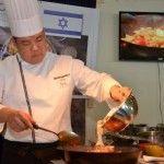 שף בכיר סיני בסדנת לימוד במכללת רימונים בטבריה