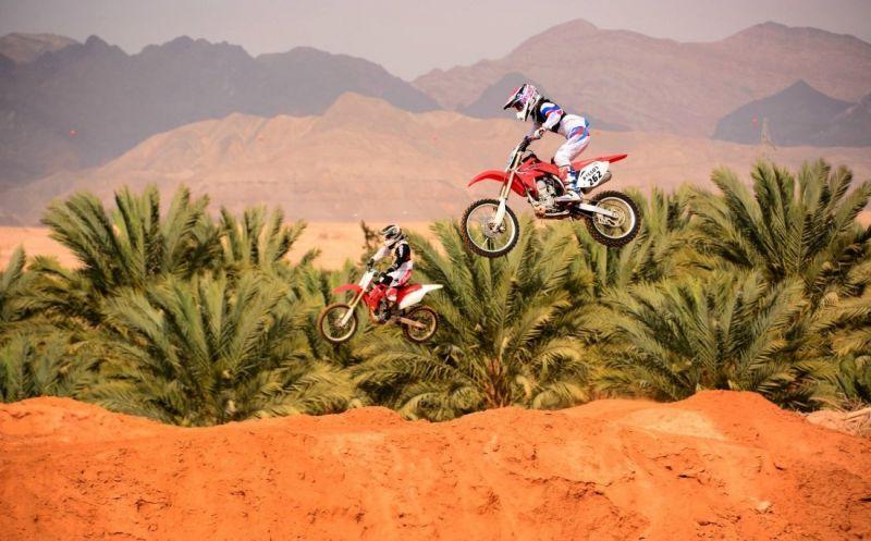 פונה מסלול בלתי חוקי למירוצי אופנועים באשקלון