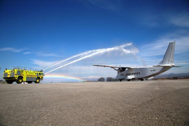 התזת מים מסורתית לפתיחת קו הטיסות ראש פינה אילת. צילום: סער בלכר
