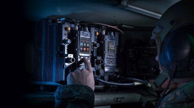"""מערכת קשר רדיו טקטי מבוסס תוכנה. צילום יח""""צ"""