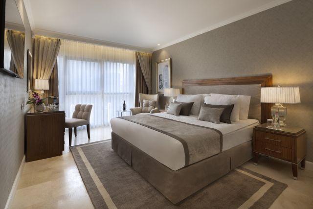 חדר במלון הרבט סמואל. צילום אסף פינצ'וק