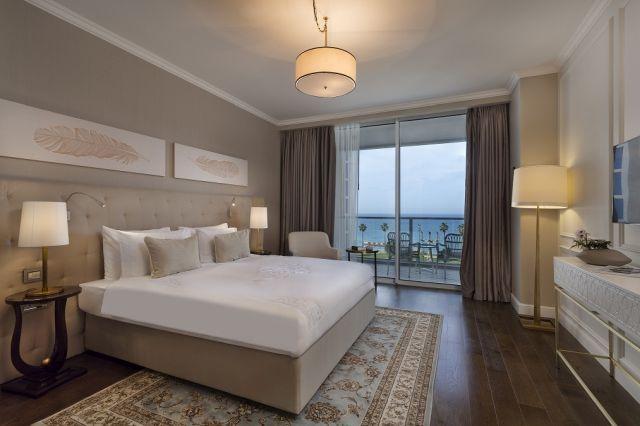 חדר במלון מלון דויד טאואר, צילום: אסף פינצ'וק