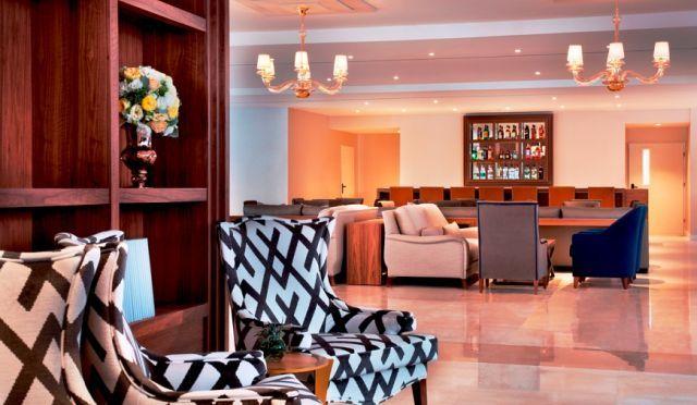 הלובי המלון הרברט סמואל החדש. צילום: אסף פינצ'וק