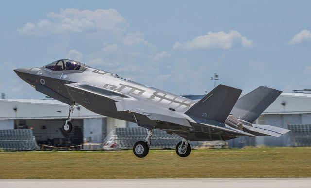 המראה של מטוס אדיר. צילום: לוקהיד מרטין