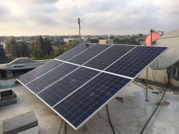 מעתה חשמל סולארי בעזה צילום: חוסיין אל-נביה