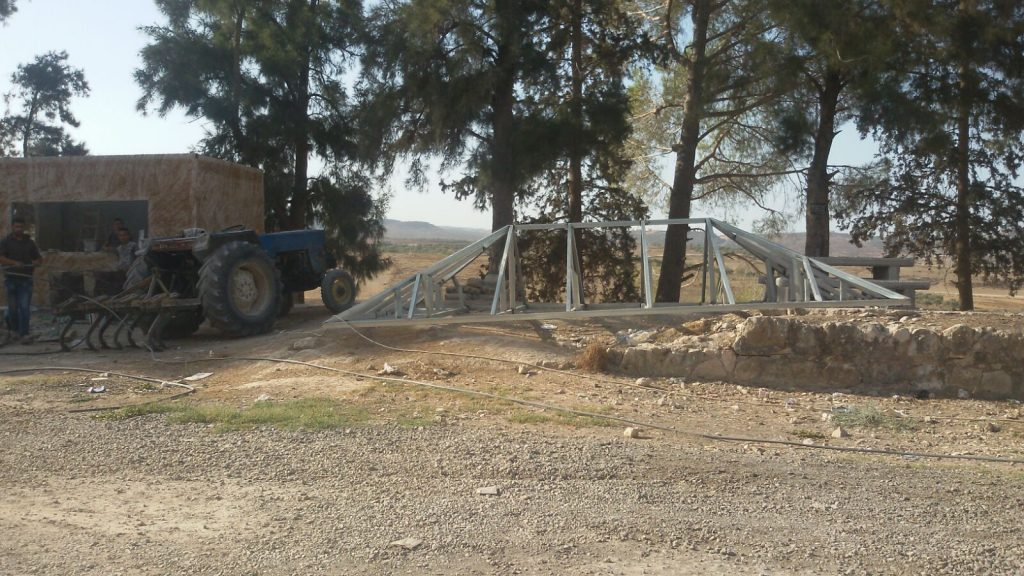 הפלסטינים החלו בסלילת כביש לא חוקי בסבסטיה צילום: תנועת רגבים