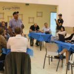 58.2% הצבעה הערב באריאל