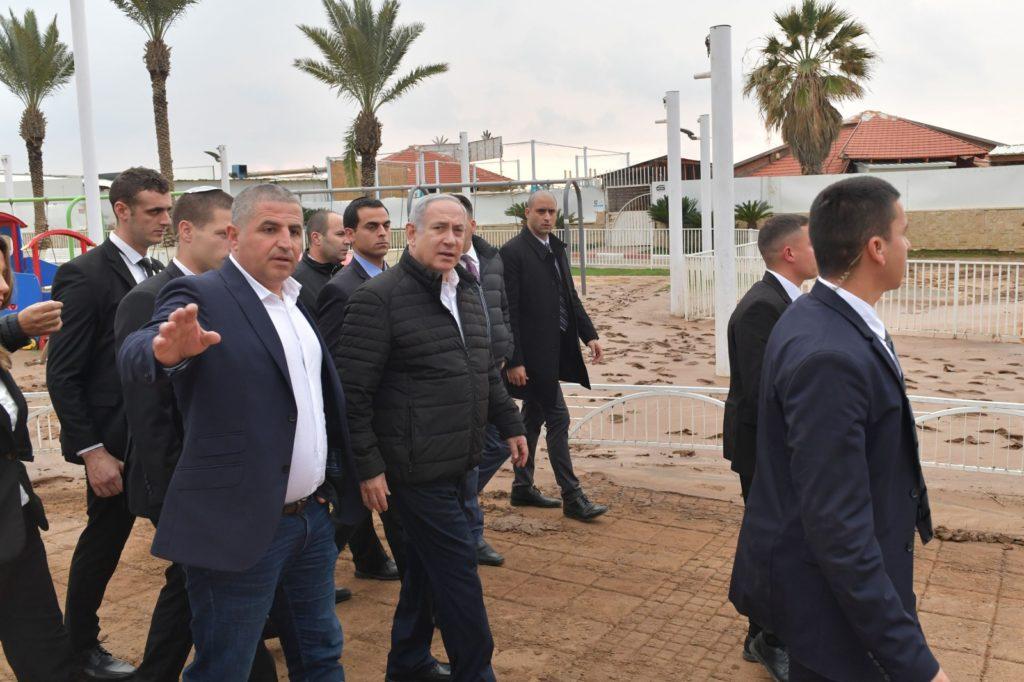 ראש הממשלה בנימין נתניהו בסיור עם שרי הפנים והשיכון בנהריה