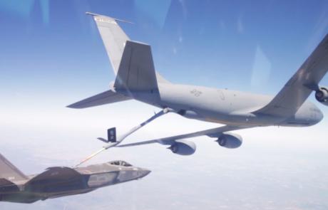 שלושה מטוסי אדיר אמורים לנחות היום בישראל