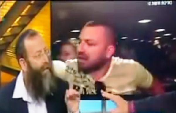 תוקפה של זועבי הואשם ושוחרר למעצר בית