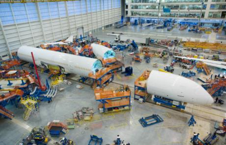 שלב סופי בהרכבת מטוס דרימליינר החדיש ביותר 787-10