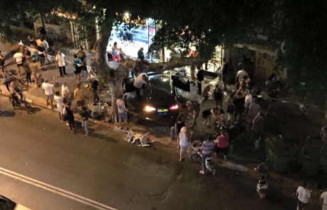 מכונית פגעה במסעדה בתל אביב במקום שלושה הרוגים