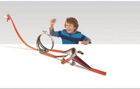 חנוכה לוהט לילדים  מכוניות מהירות ומסלולים