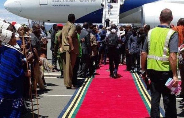 ראש ממשלת טנזניה קיים טקס מרגש לפני חזרת ישראלים לארץ