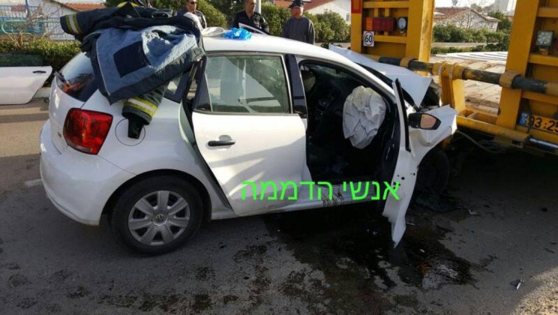 בן 22 נפצע באורח בינוני בתאונה באריאל