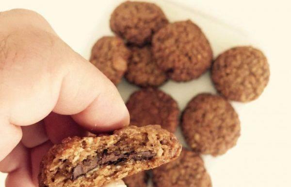 טבעוני – עוגיות גרנולה במילוי שוקולד