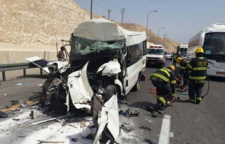 364 בני אדם נהרגו בתאונות דרכים ב-2017