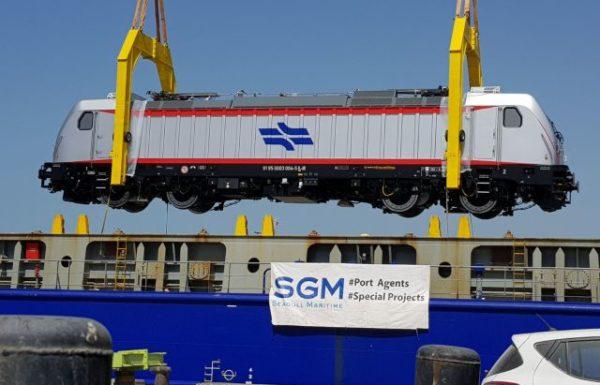 2 קטרים חשמליים חדשים נפרקו בנמל חיפה