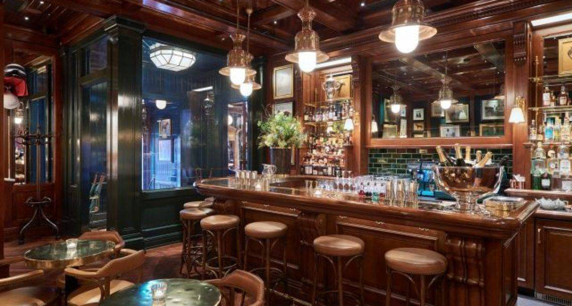 ראלף לורן פותח בלונדון  סניף של ראלפ'ס קפה ובר