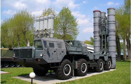 פוטין ביטל האיסור למכירת טילים לאיראן