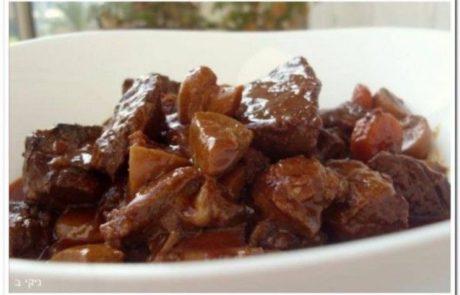 מתכון חורפי – קדרת בשר ותפוחי אדמה ביין אדום