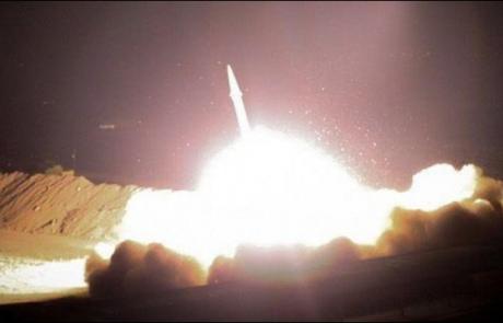 """איראן תקפה בסיסים אמריקניים בעיראק, חיזבאללה מאיים """"נתקוף את ישראל"""""""