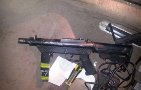 נשק מוסלק ברכב נעצר בכניסה לשטחי ישראל