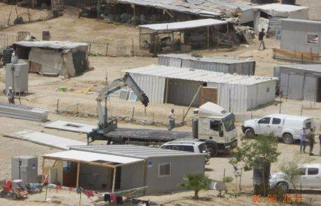 """נהרסו שבעה מבנים שנבנו  באישון לילה ע""""י האירופאים"""