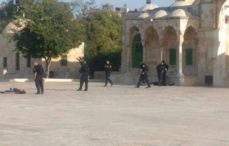 פיגוע בשער האריות : שני ישראלים פצועים אנוש