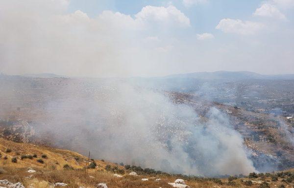 הצתה ביצהר : תושבים פונו מבתיהם