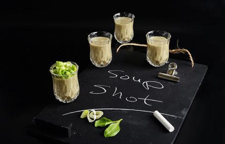 מתכון חורפי ומפנק -מרק קרם חציל וטחינה