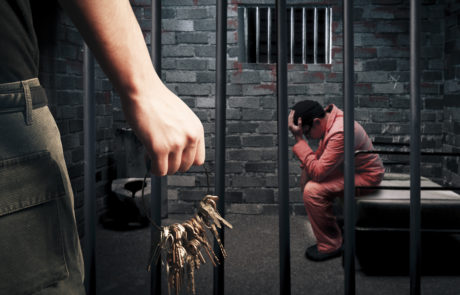רצח וניסה לשרוף את שכנו: 28 שנות מאסר לתושב נתניה