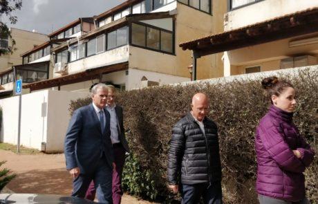 """סגן השר ד""""ר מייקל אורן סייר היום באריאל יחד עם ראש העיר אליהו שָׁבִירוֹ"""