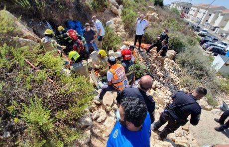 בן 30 נלכד מתחת סלע באריאל: מצבו בינוני עד קשה