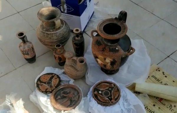 נחשף מצבור גנוב  של מאות פריטים עתיקים