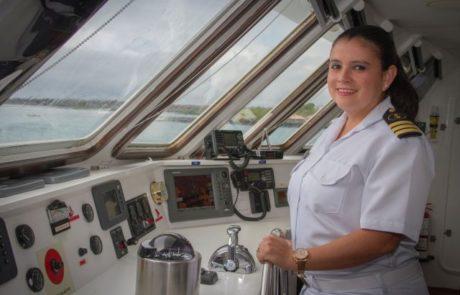 מונתה קברניטה לספינה המשייטת באזור גלפגוס