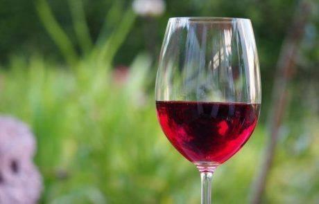 ארוחת החג מתקרבת- יין אדום או יין לבן?