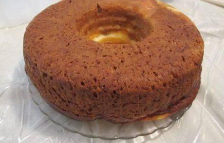עוגת שמרים עם גבינות וקינמון