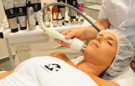 טיפול אנטיאייג'ינג  להצערת לעור הפנים