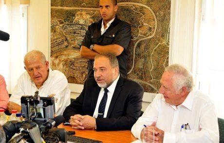 השר ליברמן דוחה את הדרישה הבינלאומית לחקור את מות הפלסטינים